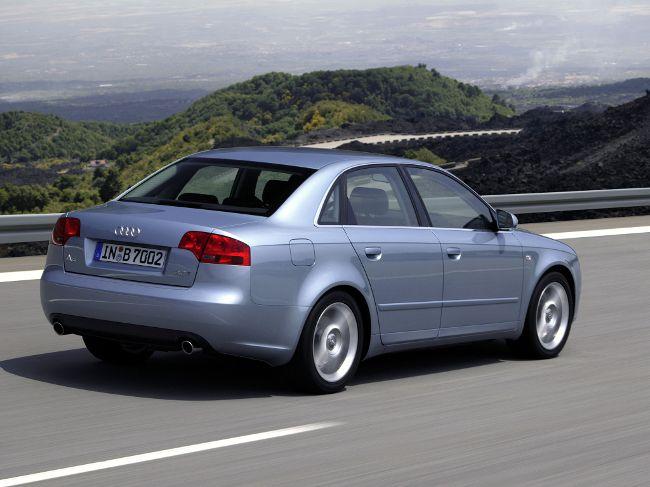 Audi A4 Sedan B7 - 2004-07