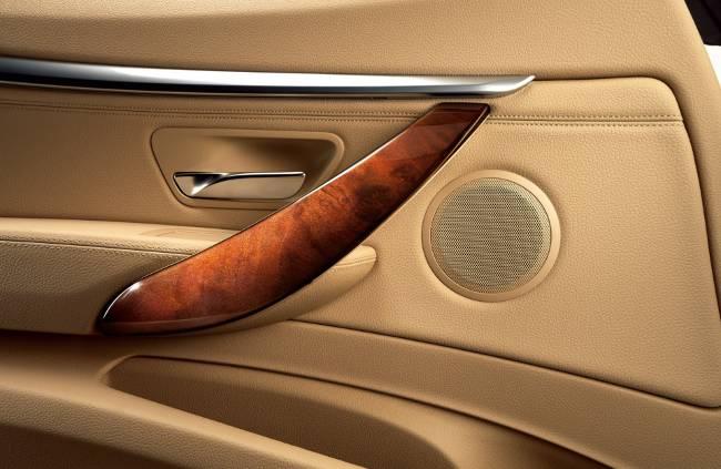 Роскошный интерьер в Gran Turismo Luxury Lounge Edition