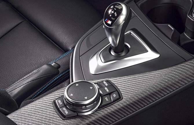Рычаг КПП в BMW M2 F87