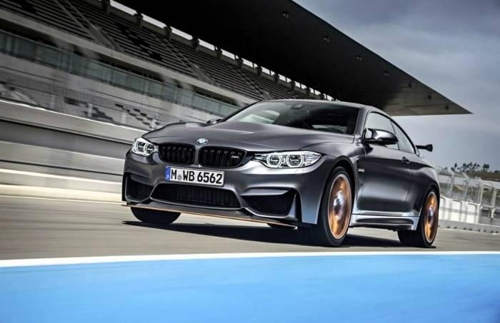 Фото купе BMW M4 GTS F82