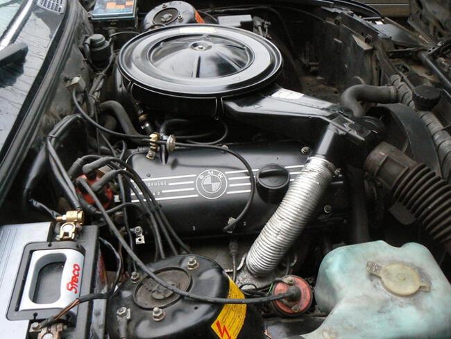 Фото двигателя BMW М10 с карбюратором