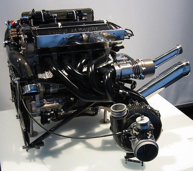 Фото двигателя BMW M12-М13