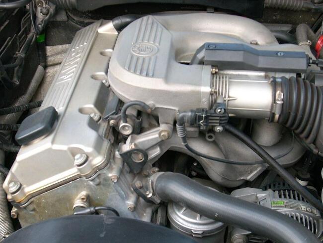 Фото двигателя BMW M43 - 1