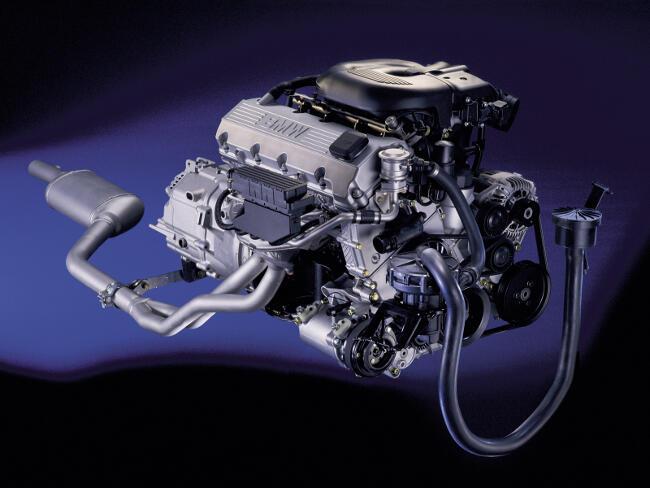 Фото двигателя BMW M43B19
