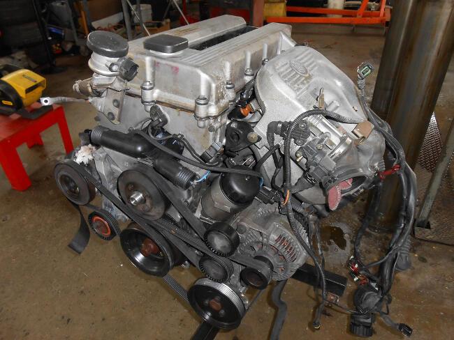 Фото двигателя BMW M44 - 1