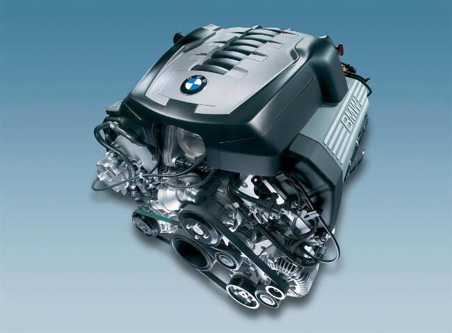 Фото двигателя BMW N62 - 1