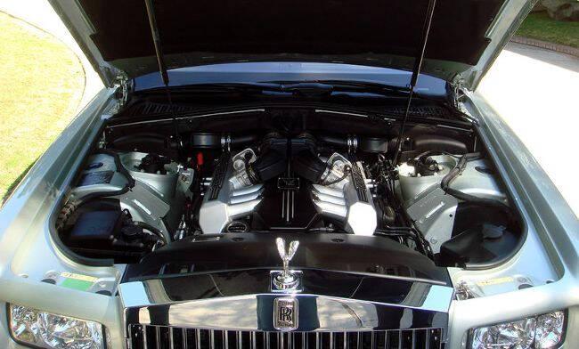 Фото двигателя BMW N73B67