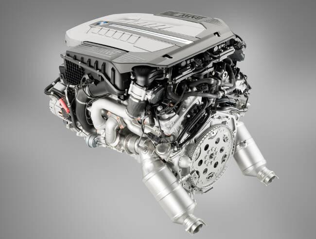 Фото двигателя BMW N74 - 3