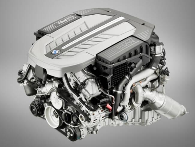 Фото двигателя BMW N74