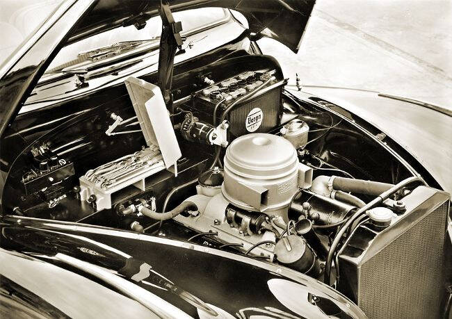 Фото двигателя BMW OHV V8 - 1