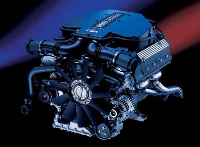 Фото двигателя BMW S62B50