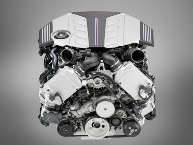Фото двигателя BMW S63 - 1