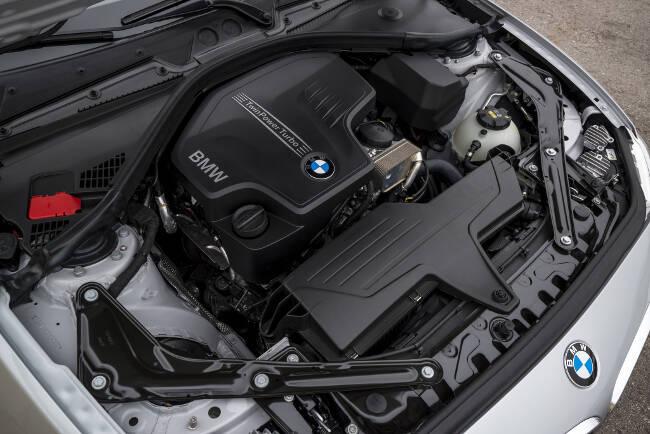 BMW 228i F23 - 10