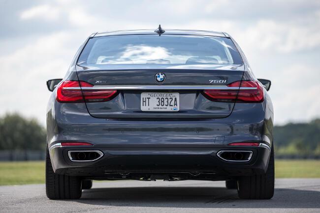 BMW 750i xDrive G11 - 3