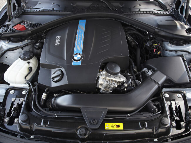BMW ActiveHybrid 3  - 12