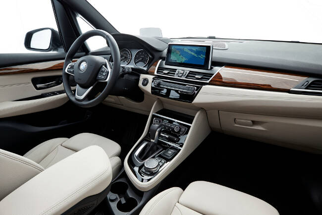BMW F46 Gran Tourer Luxury Line - 12
