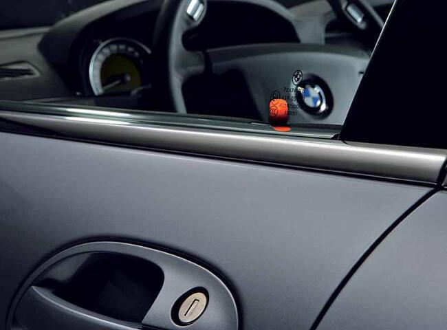BMW Hydrogen 7 E68 - 12