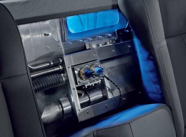 BMW Hydrogen 7 E68 - 4