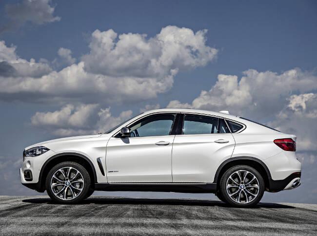 BMW X6 xDrive50i F16 - 11