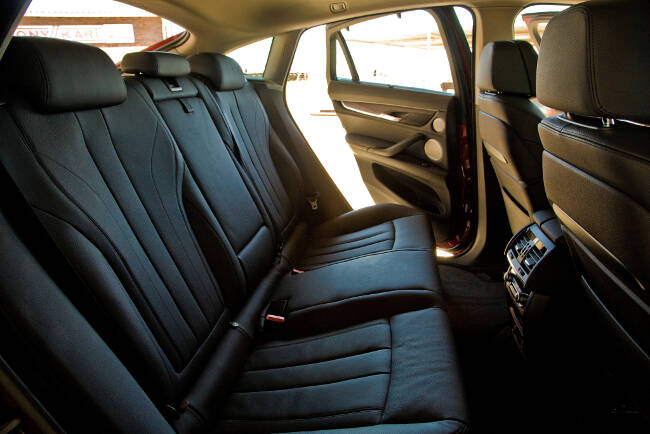 BMW X6 xDrive50i F16 - 2