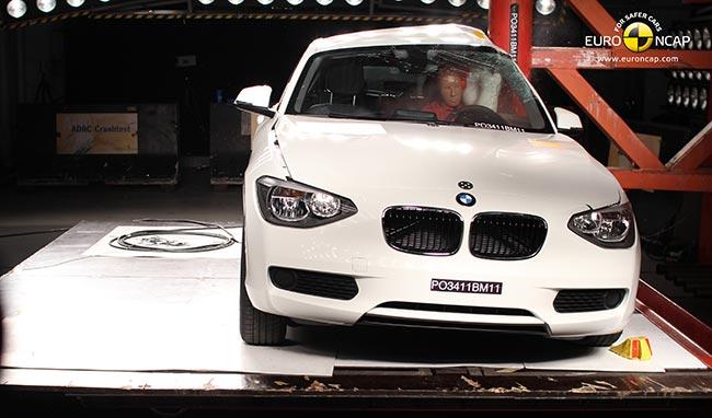 Удар в перегородку BMW F20