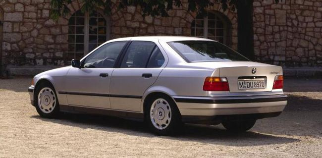 BMW 3 Series E36 320i Sedan