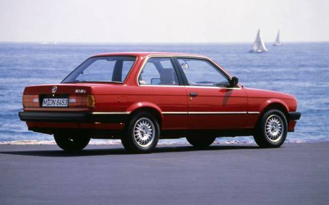 BMW E30 3 Series - 318i Coupe