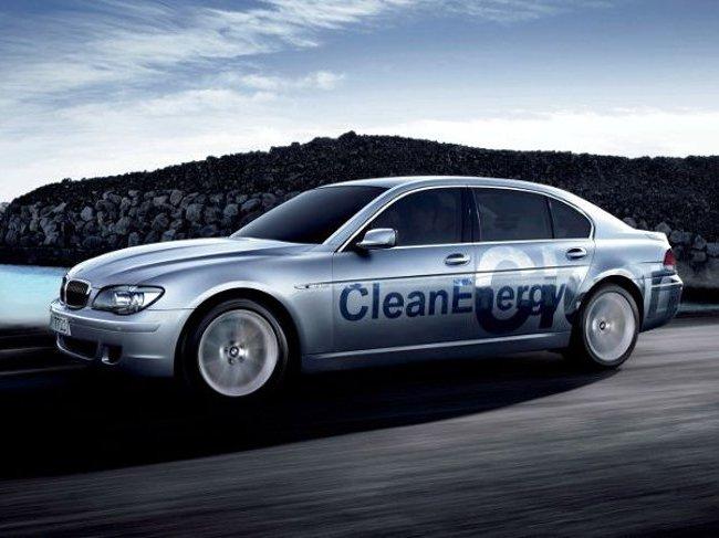 Гибридная модификация роскошного седана BMW Hydrogen 7 с номером E68