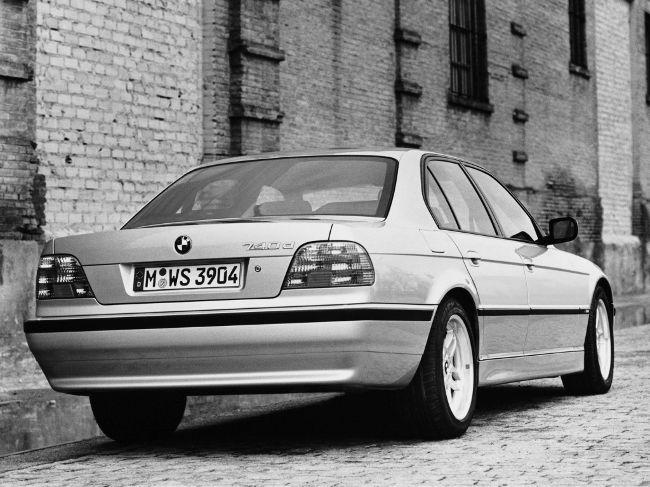 Рестайлинговая модель BMW E38 7 серии