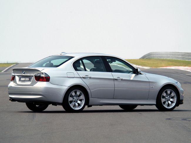 BMW 3 Series E90 Sedan - 1