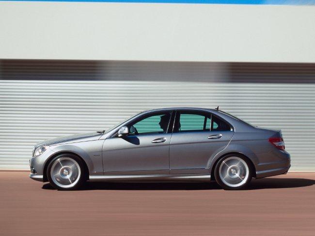Mercedes-Benz W204 - 2007-2011