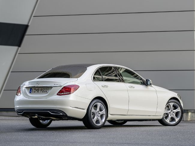 Mercedes-Benz W205 - 2014