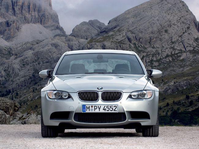 Седан второго поколения BMW M3