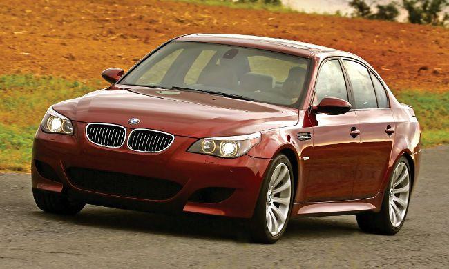 Фото BMW M5 E60 S