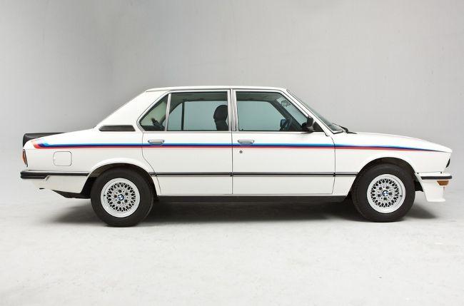 BMW M5 - фото 1-го поколения М5