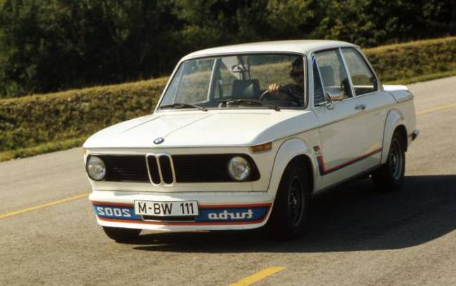 BMW 2002 Turbo - легендарная спортивная версия 02 серии