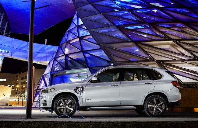 Photo BMW X5 xDrive40e F15