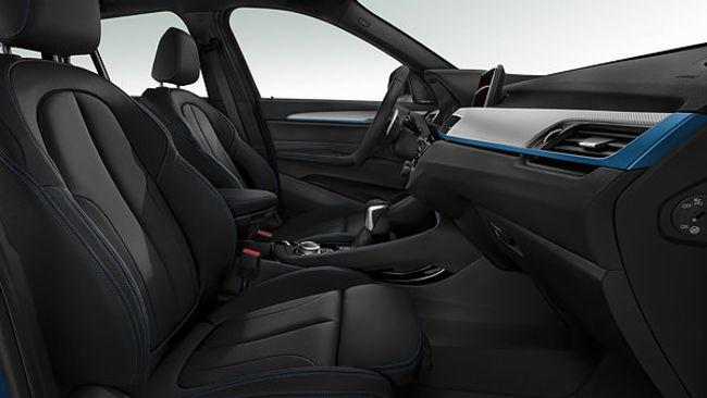 Интерьер BMW X1 F48 с пакетом M Sport Package