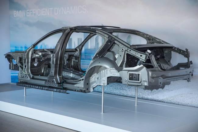 Конструкция кузова БМВ 7 серии Джи 11-12