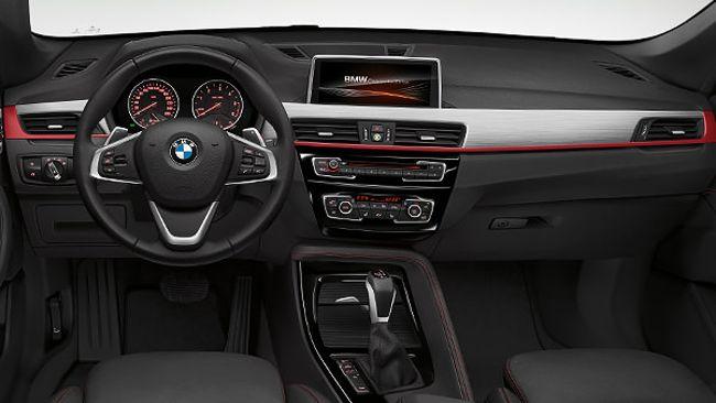 Салон BMW X1 F48 с пакетом Sport Line