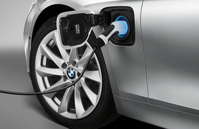 Зарядка BMW 330E F30 3 Series