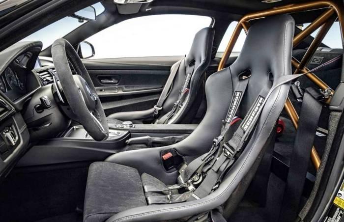 Интерьер BMW M4 GTS F82