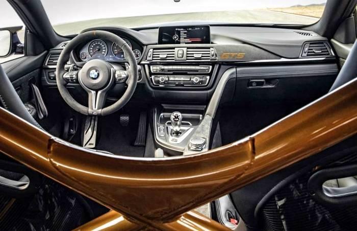 Салон в BMW M4 GTS F82