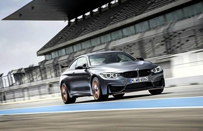 BMW M4 GTS F82 на треке