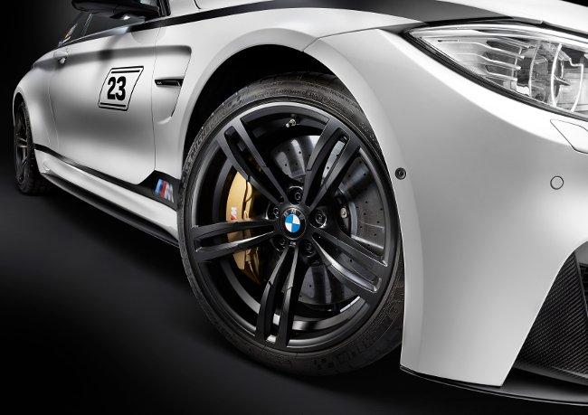 Экстерьер BMW M4 DTM Champion Edition F82