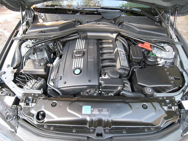 Фото двигателя BMW Н53Б30 - 3