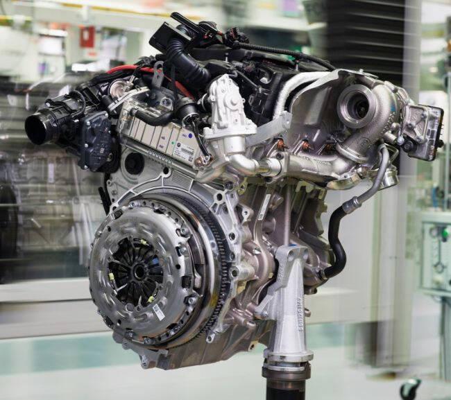 Фото двигателя BMW B38 - 2