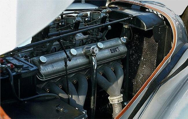 Фото двигателя BMW M328 - 1