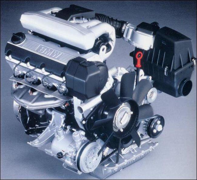 Фото двигателя BMW M40