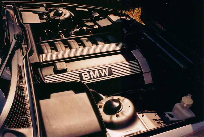 Фото двигателя BMW M50 - BMW 525i E34